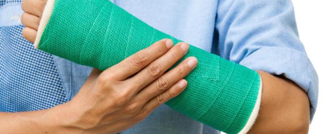 broken-bones-doctor-11220